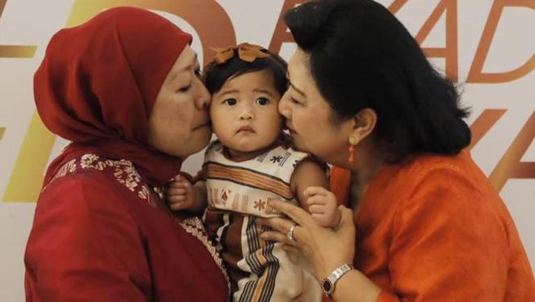 Pada momen ulangtahun sang cucu dari Aliya dan Ibas, Gayatri Idalia Yudhoyono.