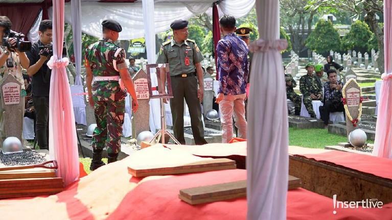 Liang pemakaman sudah digali untuk menjadi pembaringan terakhir Ani Yudhoyono