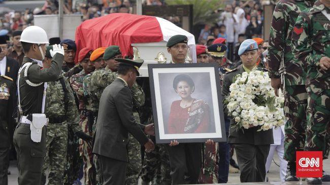 Kepergian Ani Yudhoyono dan Lebaran 2019 dinilai berangsur-angsur menjauhkan pembicaraan politik di media sosial usai Pilpres tahun ini.