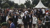 <p>Keluarga besar Susilo Bambang Yudhoyono (SBY) tiba di TMP Kalibata, Jakarta Selatan. (Foto: ANTARA FOTO/Nova Wahyudi)</p>