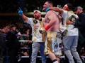 FOTO: Kejutan Andy Ruiz Menang TKO Atas Anthony Joshua