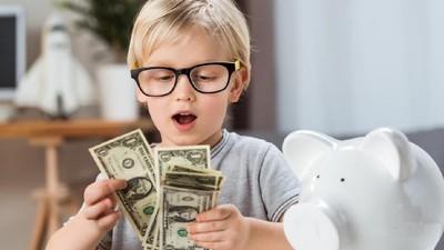 Cara Tepat Mengajarkan Anak Pentingnya Nilai Uang