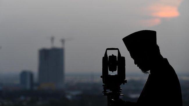 Tim Observatorium Bosscha akan melaksanakan pengamatan bulan atau ruykatul hilal Ramadan 1442 Hijriah di Bandung.
