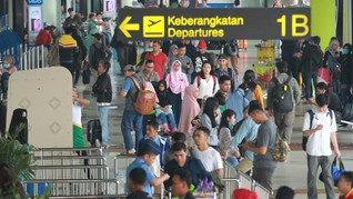 Bandara AP II Sediakan Pos Isi Ulang Baterai Mobil Listrik