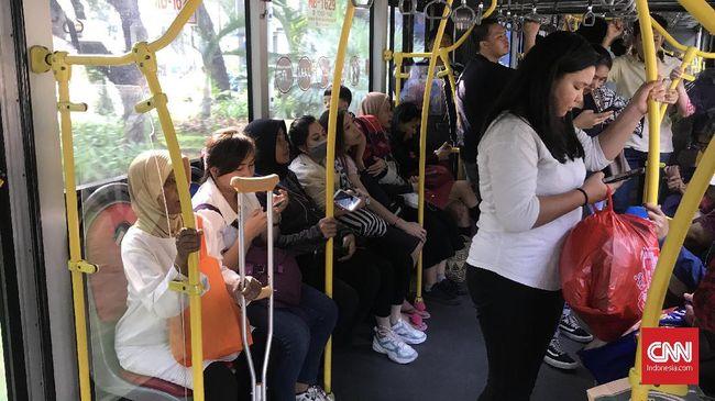 Kementerian Perhubungan ingin melakukan uji coba skema Buy The Service Bus Rapid Transit (BRT) di tiga kota besar di Indonesia pada 2020.