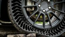 Cara Mengatasi Ban Mobil dan Motor Bocor Halus