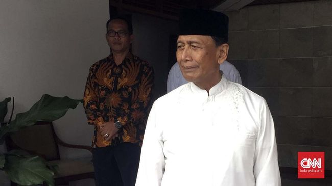 Menurut Menteri Koordinator bidang Politik, Hukum, dan Keamanan Wiranto menurunnya tensi politik dan keamanan merupakan berkah Ramadan.