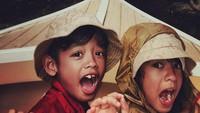 <p>Sejak kecil sudah lucu dan menggemaskan. Kedekatan Makayla dan Tristan bikin gemas. (Foto: Instagram @fabuloustwins)</p>
