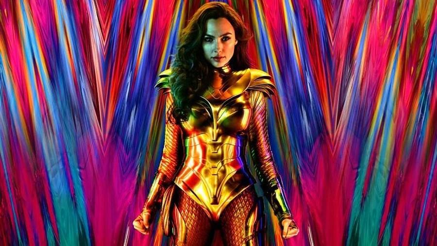 Sutradara Patty Jenkins Perlihatkan Kostum Baru Wonder Woman