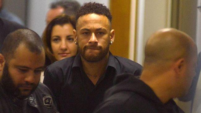 Terungkap pesan Whatsapp yang diklaim merupakan percakapan utuh antara Neymar dan Najila Trindade Mendes de Souza terkait kasus dugaan pemerkosaan.