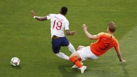 FOTO: Drama 3 Blunder dan VAR di Belanda vs Inggris
