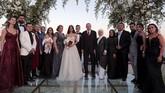 Mesut Oezil memilih melangsungkan pernikahan dengan Amina Gulse berdekatan dengan hari baik umat muslim yaitu setelah Idul Fitri 1440 hijriah.