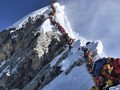 China Tutup Pendakian Gunung Everest Gara-gara Virus Corona