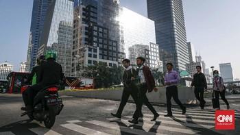 Nasib Pekerja, Lebaran Duluan THR Belakangan