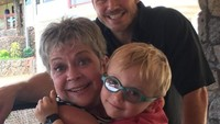 <p>So sweet! Di hari ibu lalu, Chris membagikan kebersamaannya dengan sang ibu dan si kecil Jack. (Foto: Instagram @aprattprattpratt)</p>