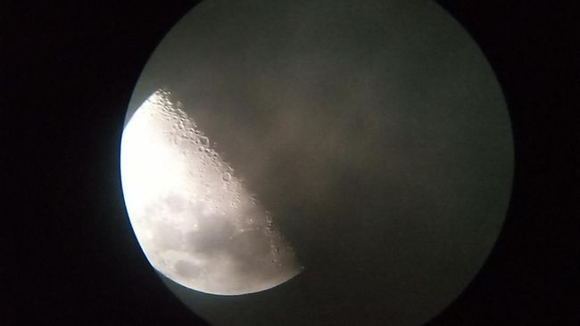 Planetarium Jakarta memiliki belasan teleskop untuk menikmati fenomena luar angkasa.