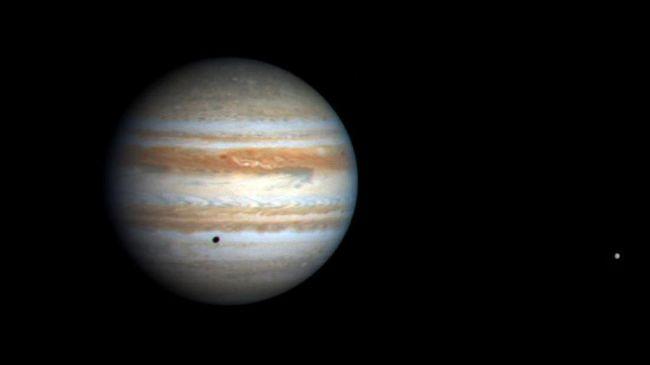 Gunung Berapi Terbesar di Bulan Jupiter Diperkirakan Meletus