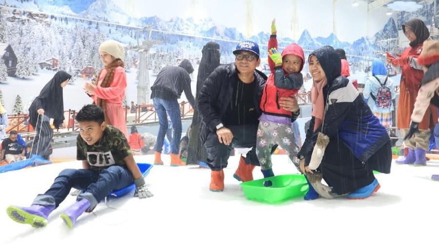 HaiBunda Happy Hour: Tips Aman Ajak Anak Main di Salju
