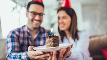 5 Inspirasi Ucapan Manis dari Ayah Saat Bunda Berulang Tahun