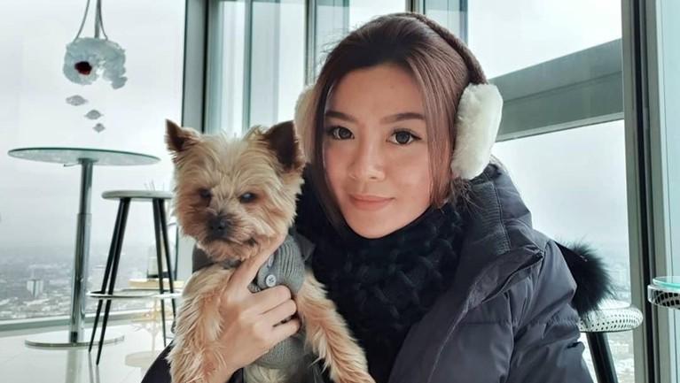 Setelah tidak aktif di Mahadewi, Gwen Priscilla sempat mengeluarkan single berjudul Jangan Coba Ke Yang Lain pada tahun 2014.