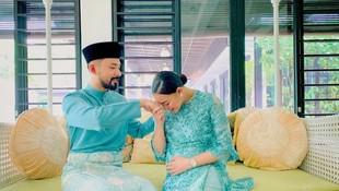Menetap di Malaysia, Intip 8 Momen Romantis Whulandary & Suami