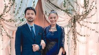 Wulandhary Herman dipersunting pengusaha asal Malaysia, Nik Ibrahim pada Februari 2018. Kini, Whulan ikut tinggal bersama suaminya dan menetap di Malaysia.(Foto: Instagram @whulandary)