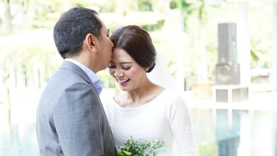 Gwen Priscilla Pamer Foto Pernikahan dengan Eks Suami Diana Pungky