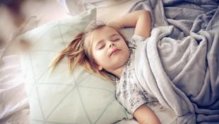 Manfaat Memilih Bantal yang Tepat untuk Kesehatan Keluarga