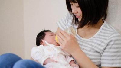 4 Cara Cegah Bayi Bingung Puting Saat Harus Beri Susu Tambahan