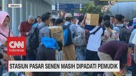 VIDEO: Stasiun Pasar Senen Masih Dipadati Pemudik