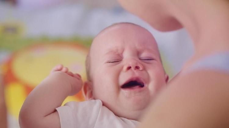 Ilustrasi bayi menangis