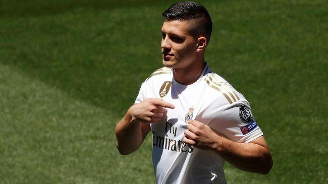 Real Madrid sudah menghabiskan dana £344 juta atau setara Rp6,2 triliun hanya untuk merekrut lima pemain baru menghadapi musim depan.