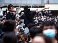 Demo Warnai Peringatan 22 Tahun Penyerahan Hong Kong ke China