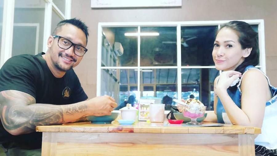 Mieke Amalia Sebut Tora Sudiro Tidak Terlalu Romantis