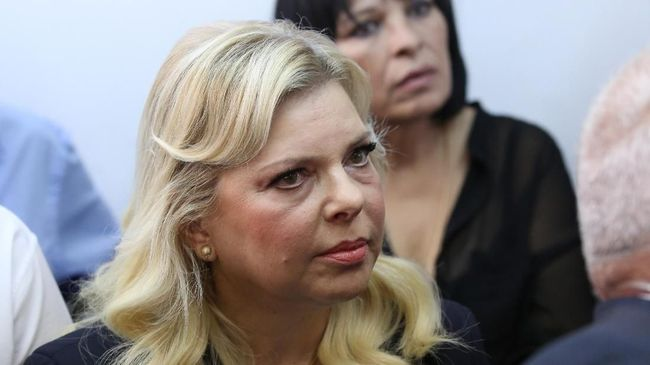 Istri PM Israel Sepakat Mengaku Bersalah dalam Kasus Korupsi