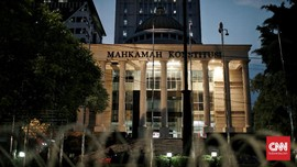 Gugat UU Corona, Puluhan Aktivis ProDem Longmarch ke MK
