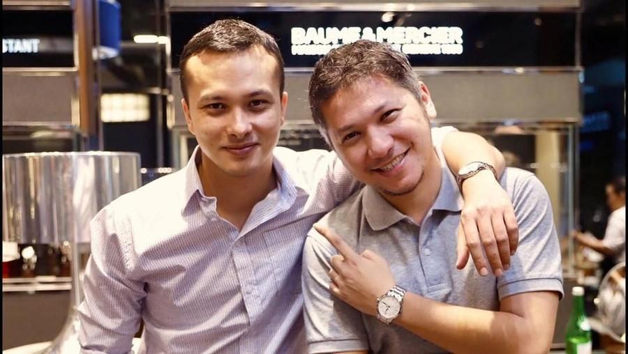 Foto Bareng Nicholas Saputra, Pesona Gading Marten Makin Bersinar