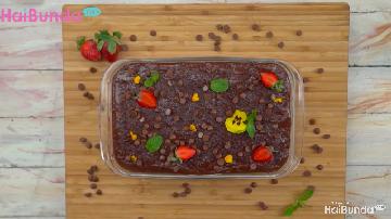 Resep Chocolate Puding Layer, Lembut Manis Bertabur Choco Chips
