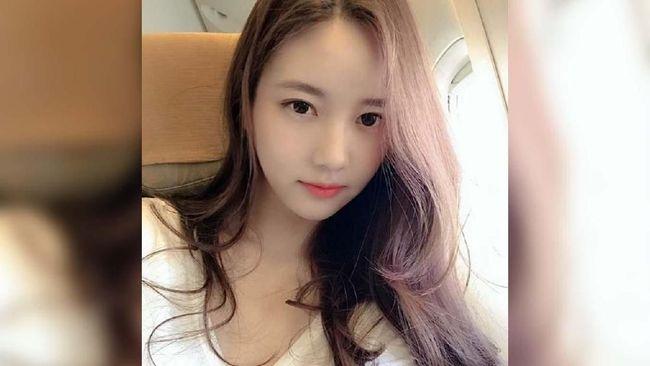 Eks trainee YG Entertainment, Han Seo Hee menulis penjelasan panjang lebar setelah namanya disebut sebagai informan kasus B.I yang kini menyeret bos agensi itu.