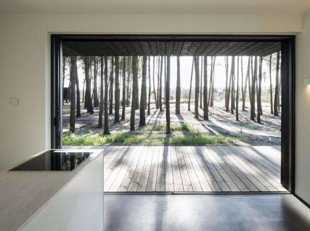 Tanpa AC, Rumah Ini Bisa Sejuk 'Disisipi' Sinar Matahari