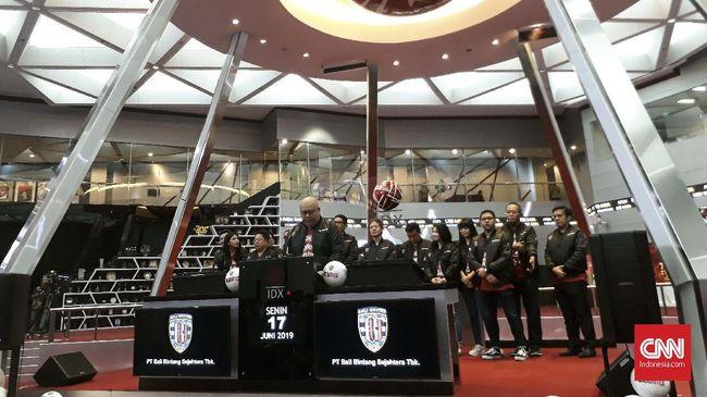 Saham Bali United langsung terbang 69,14 persen ke level Rp296 usai dicatatkan di Bursa Efek Indonesia (BEI) awal pekan ini.