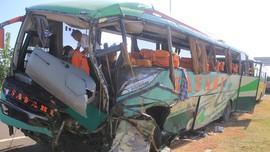 Kecelakaan Bus di Tol Gempol Jatim, 4 Orang Tewas