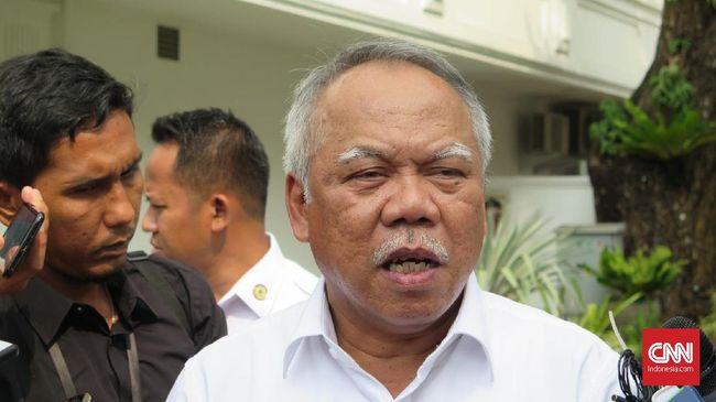 Menteri Basuki menilai holding BUMN Karya akan menghilangkan kompetisi perusahaan ketika lelang proyek.