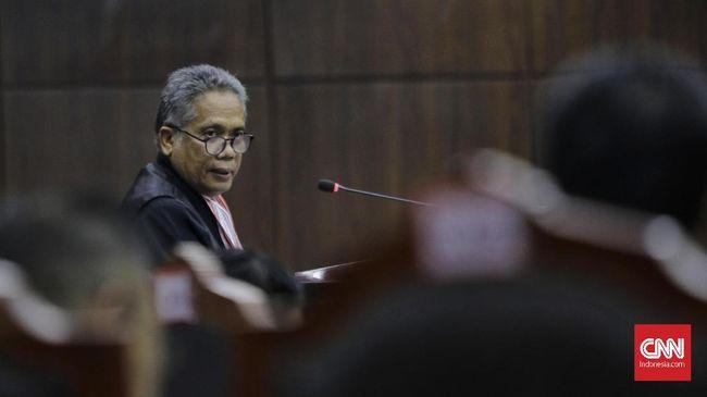 Tim hukum paslon Jokowi-Ma'ruf Amin membantah ada sumbangan pribadi dari Jokowi dan Ma'ruf dalam dana kampanye Pilpres 2019 seperti yang dituding oleh kubu 02.