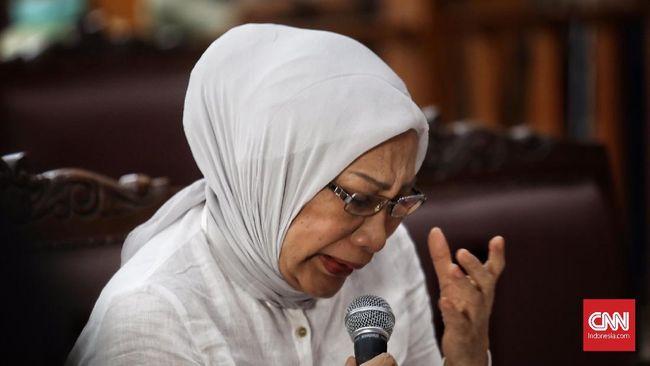 Ratna Sarumpaet Menangis Saat Beber Alasan Karang Hoaks