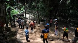 FOTO: Napak Tilas di Gua Tham Luang