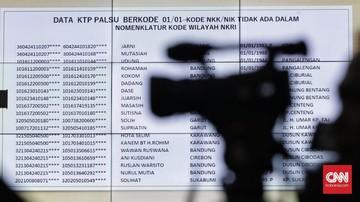 Hakim MK Minta Bukti Fisik 17,5 Juta DPT Tak Wajar ke Tim 02