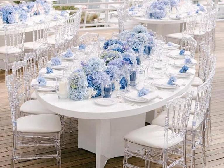 Pernikahan elegan itu juga menggaet wedding planner top dunia, Sarah Haywood. Dilansir dari Thisismoney.co.ukuntuk menggunakan jasa Haywood harus merogoh kocek hingga Rp19,3 miliar.
