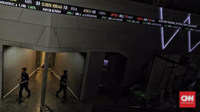 IHSG terkoreksi hingga 3,26 persen menjadi 5.595 pada perdagangan sesi II, Senin (30/11). Hingga pukul 14.45, dana asing keluar Rp2,3 triliun.