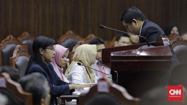 Saksi Prabowo-Sandi, Rahmadsyah, yang berstatus tahanan kota kasus pelanggaran UU ITE mengajukan izin ke pihak Kejari dengan alasan menemani orang tua berobat.